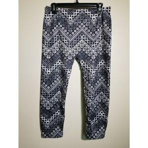 2dfe311c51c71 Nobo Pants on Poshmark